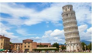 İtalya'daki Pisa Kulesi'nin eğimi azalıyor