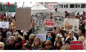 Hayvanlar için Kadıköy'de buluştular: Ölüm Yasası istemiyoruz