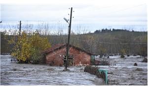 Edirne'de bazı okullar sel dolayısıyla tatil edildi