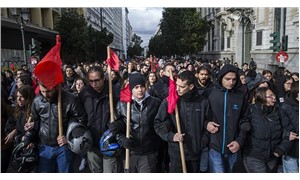Yunanistan'da öğrencilerden ırkçılık ve faşizme karşı eylem