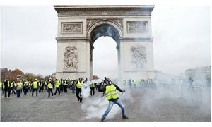 Fransa'da akaryakıt zammı 6 ay ertelendi