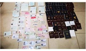 Suriyelilere sahte pasaport ve kimlik basılan matbaaya baskın