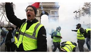 """Fransa Cumhurbaşkanlığından """"Sarı yelekliler darbe yapabilir"""" iddiası"""