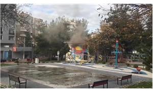Çocuk parkındaki trafo patladı