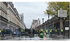 Sarı yelekliler yine sokakta: Polis saldırısı başladı, 720 kişi gözaltına alındı