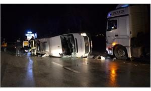 Çanakkale'de işçileri taşıyan minibüs ile TIR çarpıştı: 4 ölü 12 yaralı