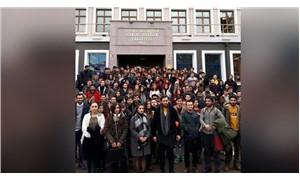 """Mülkiye öğrencilerinden """"VIP kapı"""" tepkisi"""