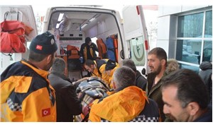 Ağrı'da öğretmenleri taşıyan servis kaza yaptı: 23 kişi yaralan