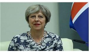 İngiltere'de May için güven oylaması yapılacak