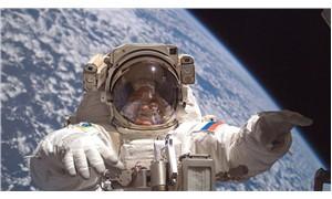 Rus kozmonotlar Soyuz'un tamiri için uzay yürüyüşüne çıktı