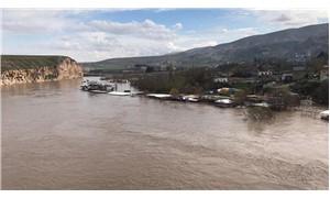 Dicle Barajı'nda tahliye edilen su 4 metreye yükseldi