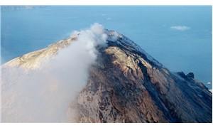 Endonezya'da Soputan Yanardağı faaliyete geçti
