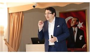 CNN Türk spikeri Emre Tilev işten çıkarıldı