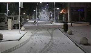 Meteoroloji'den önemli uyarı: Birçok kent için sağanak yağmur ve kar alarmı
