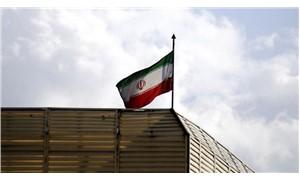 İran Basra Körfezi'nde tatbikata başladı