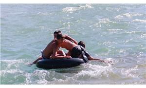 Munzur Çayı'nda çocukların rafting keyfi