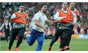 Süper Kupa finalinde sahaya giren YouTuber'a büyük tepki