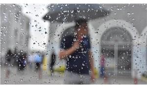 İstanbul'da sağanak yağış sebebiyle vağur seferleri iptal edildi