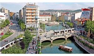 Yılmaz Büyükerşen'den üniversite için Eskişehir'e gelenlere: Gençsiniz, güzelsiniz, doğru şehirdesiniz, hoş geldiniz