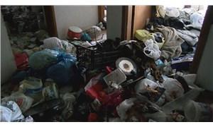5 kişinin yaşadığı evlerden kilolarca çöp çıktı!