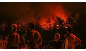 İzmir'deki yangında son durum: Hâlâ kontrol altına alınamadı