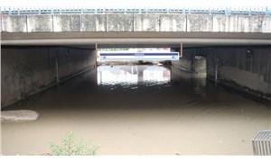 İstanbul'da sağanak yağış etkili oldu: İBB'den açıklama