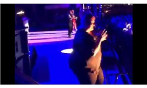 Rapçi Twista'nın şarkılarını aynı hızla işaret diline çevirdi