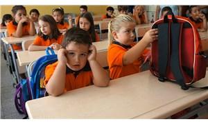 Güven oluşturmak okul fobisini yener