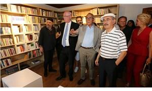 Odunpazarı Belediyesi, Şair Ataol Behramoğlu'nun armağan ettiği kitaplardan oluşan kitaplığın açılışını yaptı