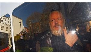 Roger Waters, Assange için söyleyecek