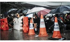 Hong Kong yönetimi suçluların Çin'e iadesiyle ilgili tasarıyı geri çekme kararı aldı