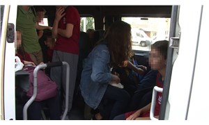 20 kişilik okul servisinden 30 öğrenci çıktı