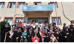 Bursa'da öğrenci ve veliler, kapatılan okullarını geri istiyor