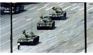 'Tank Adam'ı çeken fotoğrafçı Charlie Cole hayatını kaybetti