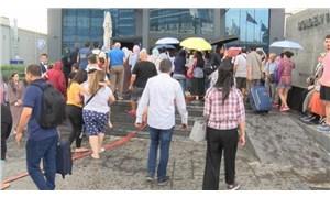 İstanbul'da 5 yıldızlı otelde yangın: Binadakiler tahliye edildi