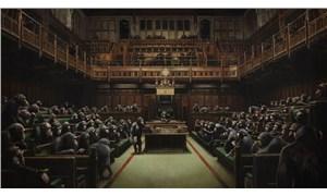 Banksy'nin Geri Evrilmiş Parlamento tablosu açık arttırmaya çıkıyor