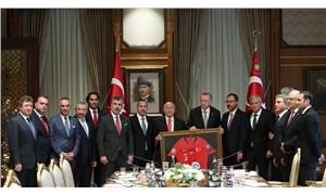 Erdoğan, TFF Yönetim Kurulu üyeleriyle görüştü