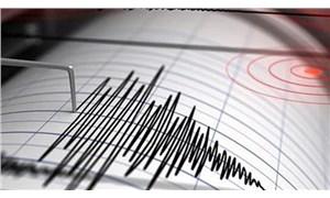 İzmir'de deprem