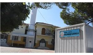 Cami konteynerinde eğitim Meclis gündeminde
