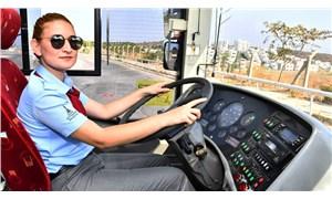İzmir'de kadın şoförler göreve başladı
