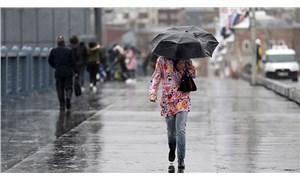 Meteoroloji saat verdi: İstanbul'a yağış geliyor