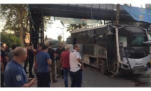 Adana'da polis servisine bombalı saldırı