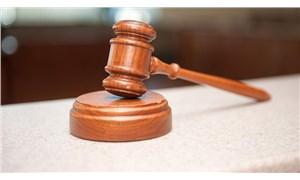 Hakimden saldırıya uğrayan kadına: Eşin seni öldürmek istediyse bıçak neden derine girmedi