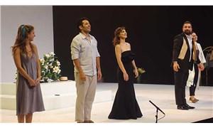 Mert Fırat ve Tülin Özen'in rol aldığı Westend'in prömiyeri yapıldı