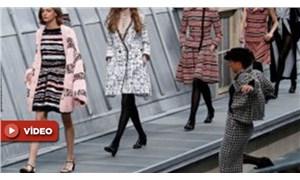 Chanel defilesini basan fenomen: Bugünlerde moda insanları mutlu etmiyor