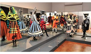İzmir'deki 'Picasso' sergisine ziyaretçi akını