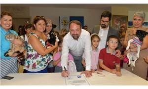 Barınak köpeği Foks ile Hayvan Hakları Sözleşmesi imzalandı