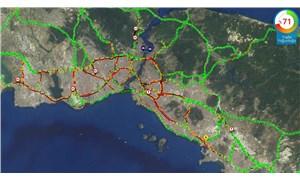 İstanbul'da yağmur: Trafik kilitlendi
