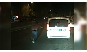 Polisler trafikte tartışırken gözaltındaki şüpheli ekip aracıyla kaçtı