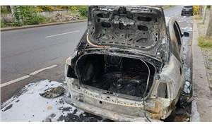 Almanya'da, Türkiye Büyükelçiliği'ne ait araç kundaklandı